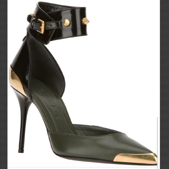 e106a31e73 Alexander McQueen Shoes   Hp Olive Black Leather Heel   Poshmark
